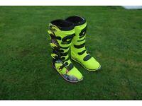 Oneal Motor cross Boots size: 6 UK, 7 US, 39 EU