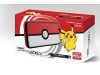 Pokeball 3ds XL With Charger And Pokemon Ultra Moon