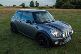 2009 Mini Cooper 1.6 Petrol Graphite Edition with a few nice extras