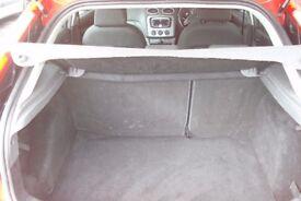 FORD Focus Ghia 2Ltr Petrol, 5 Door Hatchback, 2005-55 plate