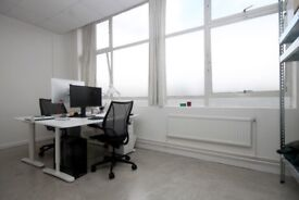 Super BRIGHT and clean office studio space for rent in Hackney next to London Fields