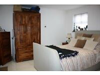 STUDIO APARTMENT IN STANWELL near Feltham Sunbury Staines Shepperton Ashford Heathrow Airport