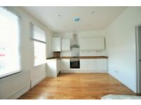 2 bed flat close to Mortlake Station