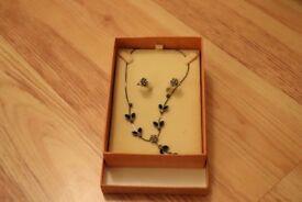 Buckingham Flower Earring & Necklace