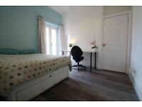 1 ROOM AVAILABLE in 5 bedroom STUDENT houseshare from January 2021 – August 2021.