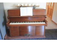 Neat little BENTLEY piano - suitable for beginner
