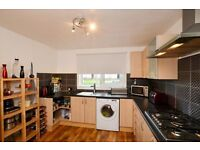 3 Double Bedrooms Flat Available in Wester Hailes near City Centre