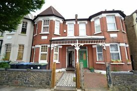 SIX(6)BEDROOM TERRACED HOUSE IN PALMERS GREEN, N13-£2600PCM-HOUSING BENEFIT/DSS CONSIDERED-CALL NOW