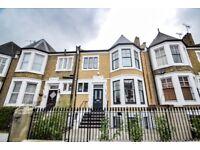 Three Bedroom Garden Flat to Rent in Stoke Newington, N16
