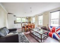 A spacious bright one bedroom period property on Evering Road E5