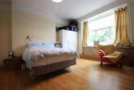 A Massive Stunning 2 x bedroom property in the heart of Belsize Park - A Must See