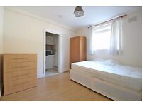 Studio to Rent in South Ealing - Ideal for Single Professional
