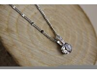 NEW Swarovski Crystal Solitaire Pendant chain. Unwanted gift. BNIB. Bargain!