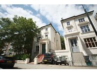 New great value one bedroom flat in Mapesbury conservation.