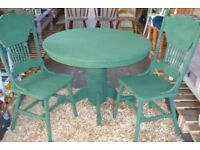 beautiful round table and chairs annie sloan chalk painted
