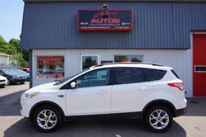 2014 Ford Escape SE 2.0L 4WD CUIR TOIT PANO GPS NAV CAMERA MAGS