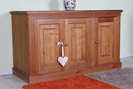 LARGE SOLID PINE SIDEBOARD WAXED FINISH LOTS OF STORAGE - CAN COURIER