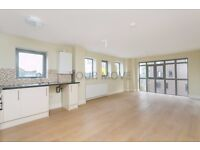 TWO BEDROOM APARTMENT WITH A STUNNING ROOF TERRACE IN A BRAND NEW DEVELOPMENT
