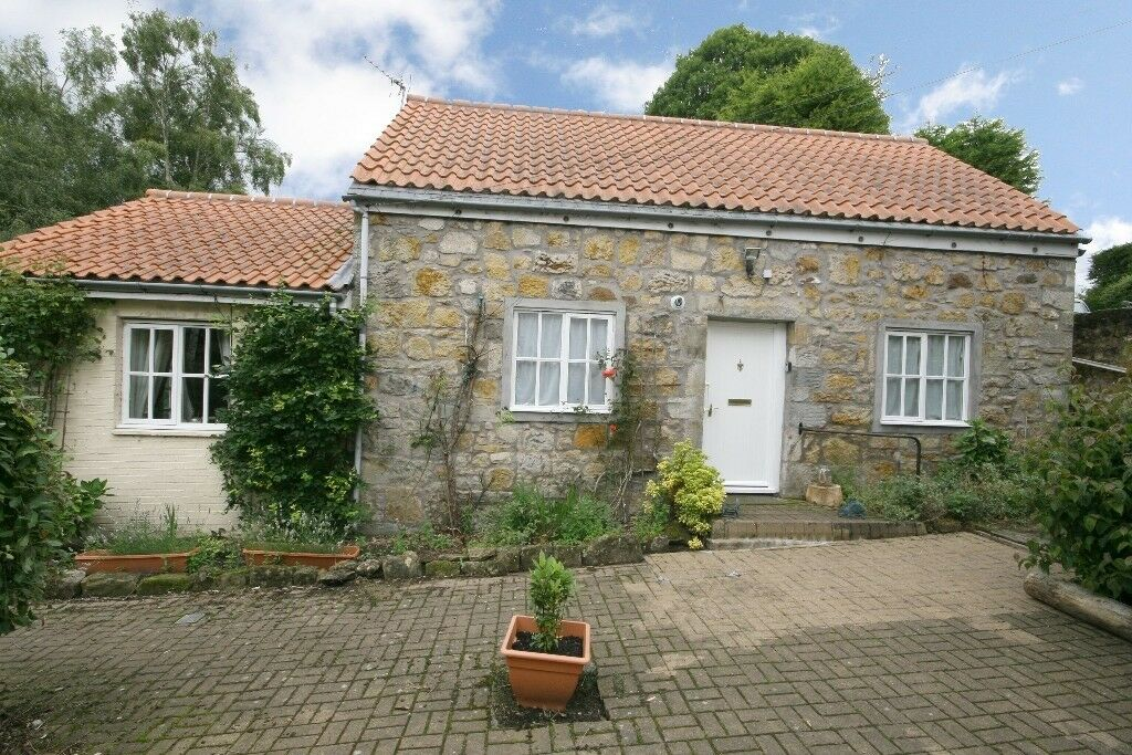 Lovely 1 bedroom cottage to rent in Saline in Dunfermline Fife