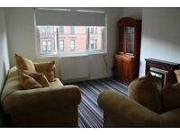 Superior sunny 3 bedroom HMO flat to let in Partick, no agency fees