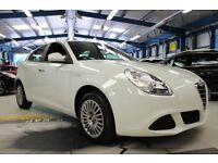 Alfa Romeo Giulietta TURISMO TB [VERY LOW MILEAGE / GOOD MPG] (ghiaccio white) 2013