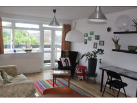Bright double room in 2 bed flat share, Stoke Newington N16, £755 from 30th July