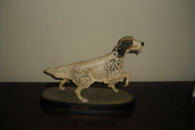 Beswick dog Setter on Cermic Plynth