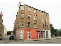 Unfurnished 2-bed Flat- Broughton Road, EH7. Available NOW!