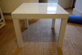 Small white table, square 55cm