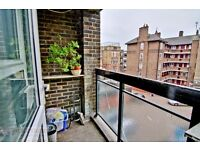 4 BEDROOM FLAT IN SHOREDITCH WITH A LOUNGE AND BALCONY JUST OFF BRICK LANE AVAILABLE NOW