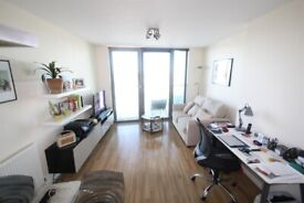 1 BED FURNISHED FLAT, 12th FLOOR, TERRACE GREAT VIEWS, 24 CONCIERGE, WALK TO STATIONS & SHOPS