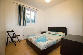 **Double Room in Battersea (Nine Elms) All Included ** Available NOW**