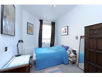 * TWO DOUBLE BEDRROM OPPOSIDE BATTERSEA PARK*BATHROOM WITH SHOWER*FURNISHED
