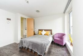 STUDENT ROOM TO RENT IN SHEFFIELD. ENSUITE WITH PRIVATE ROOM, PRIVATE BATHROOM AND SHARED KITCHEN
