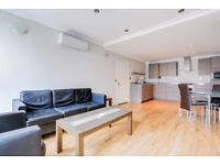 Chic two double bedroom flat on Commercial Street E1