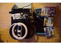 Nintendo Wii, Mario Cart, 4 controllers, 4 steering wheels, 2 nunchucks, 2 other games