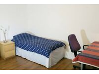 Spacious Double bedroom near Napier and Heriot Watt University