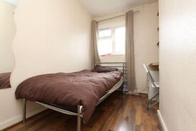 🏠CHEAPEST SINGLE ROOM IN OLD STREET FOR JANUARY - Zero deposit apply - 86 Wenlock