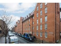 Fantastic three bedroom apartment just off fashionable Redchurch Street E2