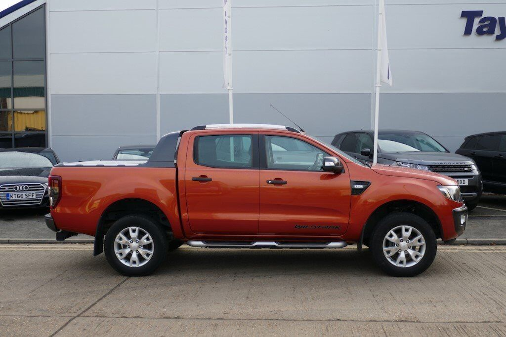 ford ranger  tdci wildtrak double cab pickup  dr
