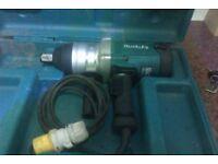 "Makita 1"" Impact Wrench TW1000 110v"