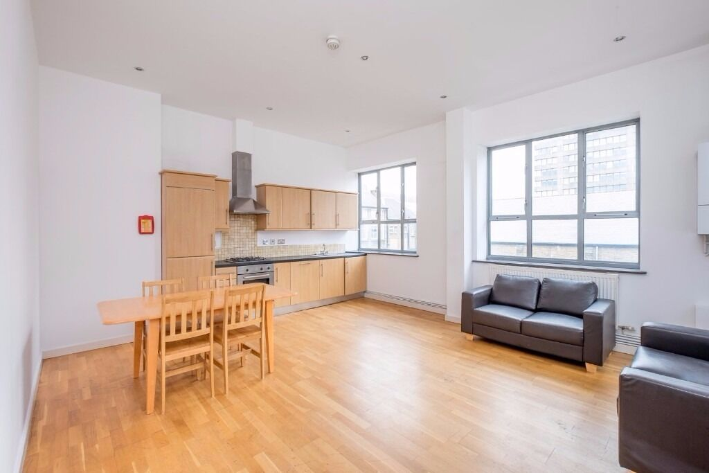 1 BED FLAT IN MODERN CONVERSION - HOLLOWAY - 310PW