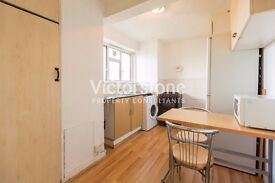 GREAT VALUE FOR MONEY 3 BEDROOM APARTMENT IN WHITECHAPEL SEPARATE LOUNGE STEPNEY GREEN ALDGATE