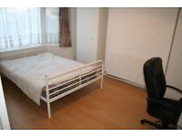 5 Bedroom House Located minutes Walk from Middlesex University. Student Friendly