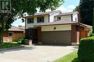 65 FARRINGFORD Drive Brantford, Ontario