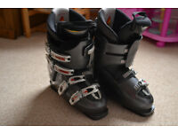 Nordica Easy Move X12 Ski Boots 27.5 cm. Boot Shell Length: 315 mm