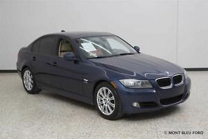 2011 BMW 328 i xDrive  LEATHER, SUNROOF  **NO ADMIN FEE, FINANC
