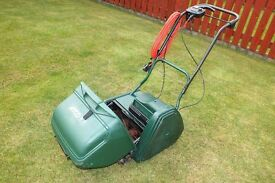 Qualcast Windsor Electric self propelled lawnmower 14s