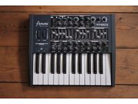 Arturia Mini Brute synthesizer Great condition boxed with manuals