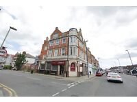 Large One Bed In Edgware Highstreet* Close To Station * Furnished * Fantastic Location *